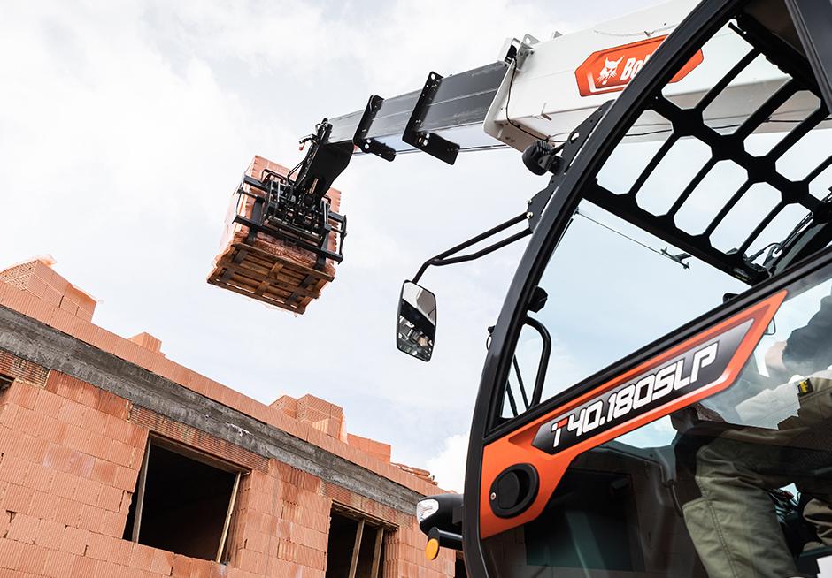 20210523 construction telehandlers 5
